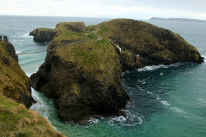 Carrick-a-Rede Rope Bridge, Ballintoy, County Antrim, Northern Ireland_1